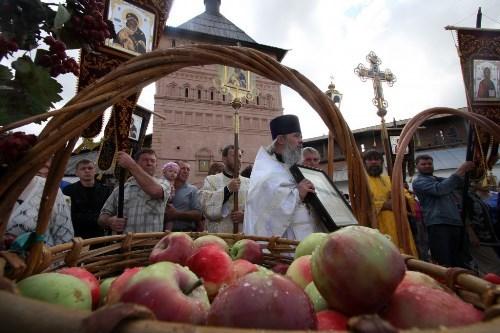 Церковные яблоки