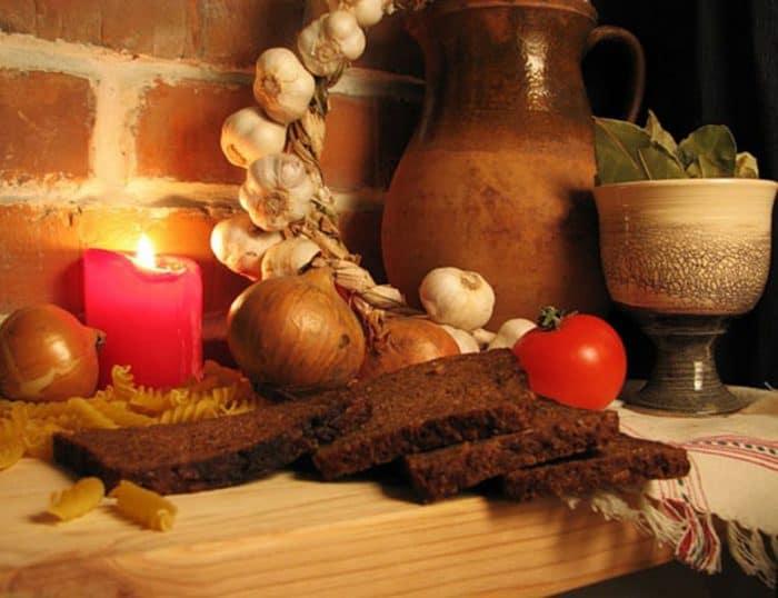 Хлеб и овощи во время Великого Поста