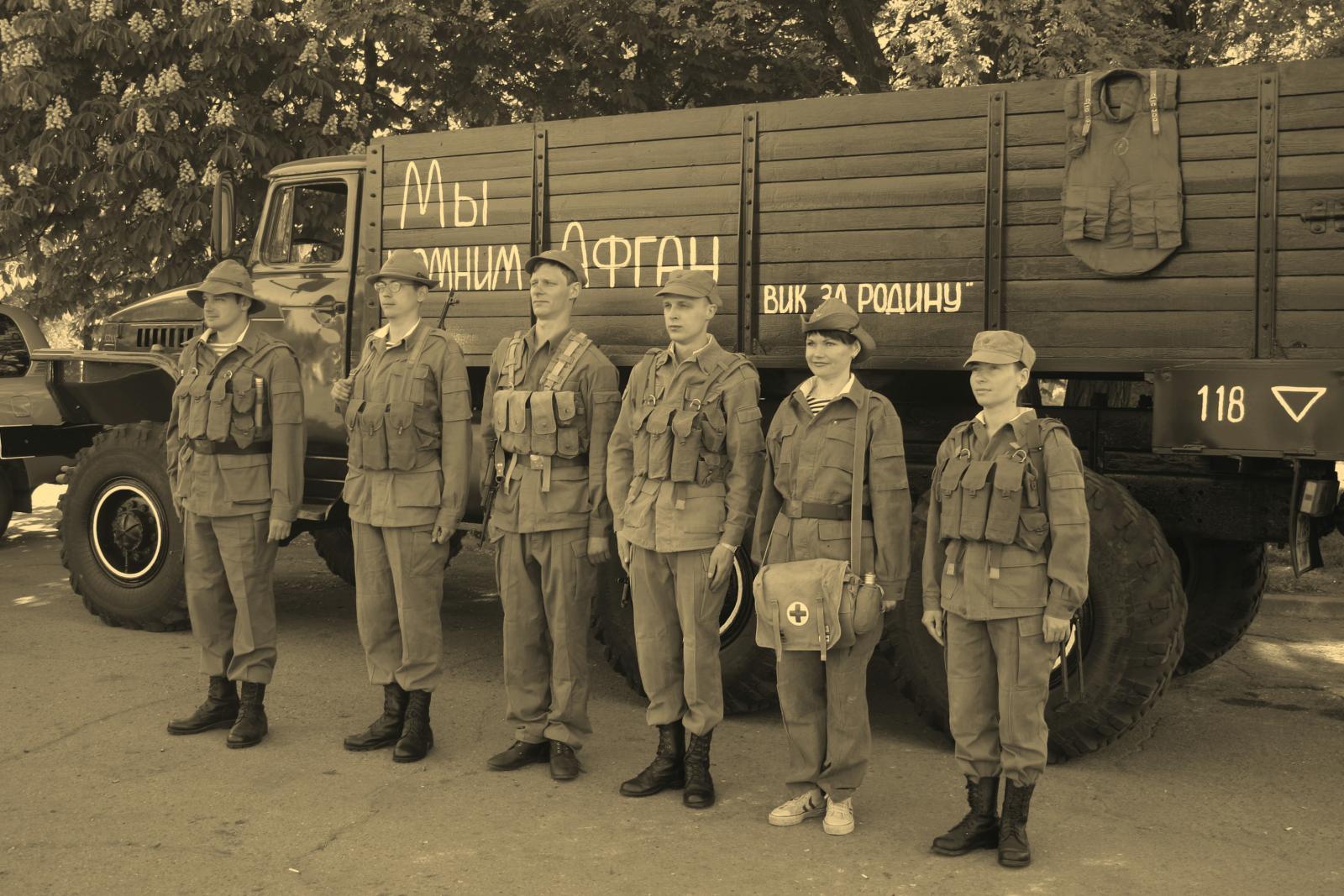 Рисунок 3. 81-й Самарский полк, парк ГСМ-99, 2001 г.