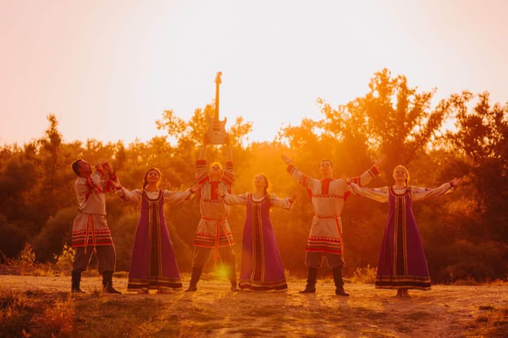 Рис. 3. Выступление фольклорного коллектива