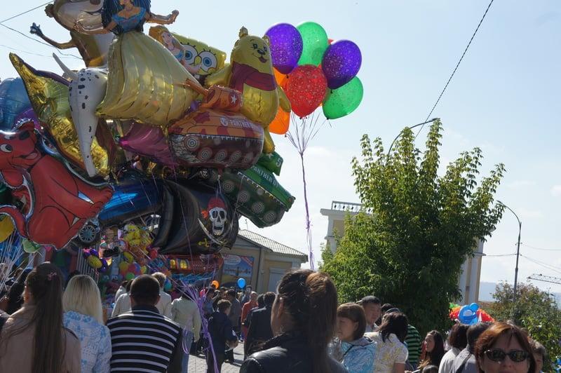 Рисунок 1. Главный город Бурятии празднует свой день.