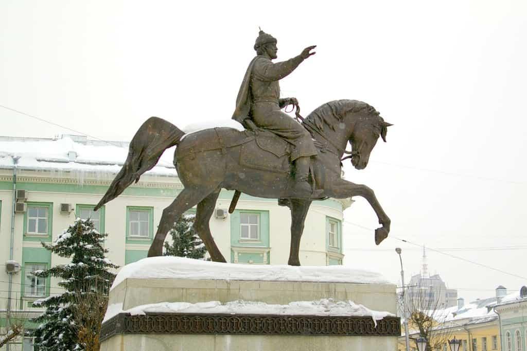 Рисунок 2. Памятник Тверскому князю Михаилу Ярославичу