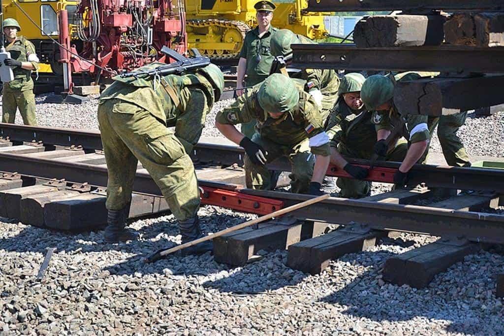 Рисунок 3. Учения железнодорожных войск