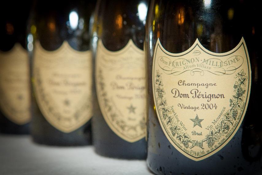 Рис. 1. Бутылки Dom Perignon